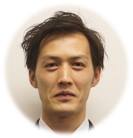 三重センター 箱崎センター長 (433x449)